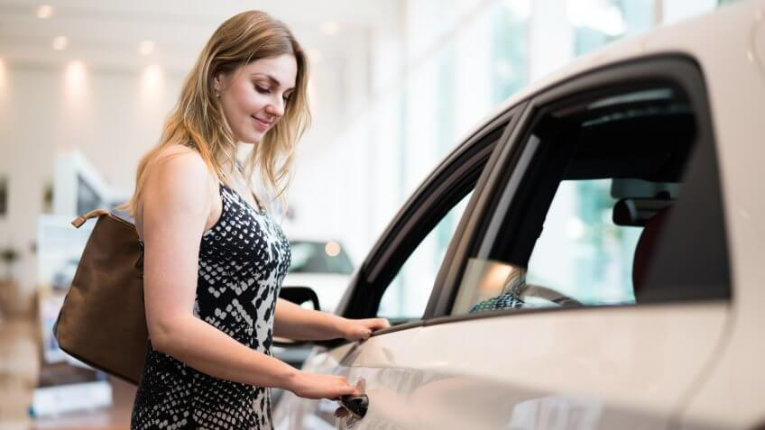 Benefits Of Used Cars In Hollywood FL